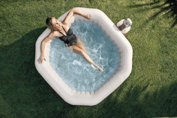 Intex opblaasbare bubbel jacuzzi 4 personen 28414
